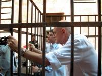 """Conferenza stampa di Daniele Capezzone e Sergio D'Elia davanti a palazzo Madama, affinché il cosiddetto """"indultino"""" sia approvato prima della pausa es"""