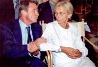 Bernard Kouchner ed Emma Bonino (in occasione della tavola rotonda, promossa da No Peace Without Justice, in collaborazione con il ministero degli Aff