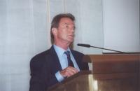 Bernard Kouchner - former Minister of Health, former head of the UN Interim Administration Mission in Kosovo (UNMIK), France (in occasione della tavol