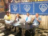 Conferenza stampa dell'Associazione radicale Esperanto e del Partito radicale in occasione dell'annuale Giornata Europea delle Lingue. Al tavolo, da s