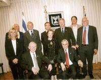 Foto di gruppo con Marco Pannella, Frederique Ries (parlamentare europeo belga - prima a sinistra, in piedi), De Heer Jan Dhaene (parlamentare europeo