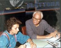 Emma Bonino e Marco Pannella (nel corso di uno sciopero della fame), in uno studio televisivo, per la registrazione di una tribuna elettorale (anni 80