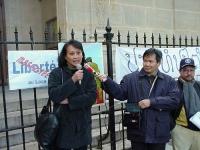 """Vanida Thephsouvanh, (présidente du Mouvement Lao pour les Droits de l'Homme) partecipa alla manifestazione in occasione del Quarto anniversario del """""""