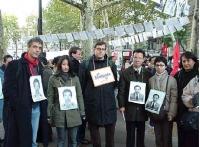 """Manifestazione in occasione del Quarto anniversario del """"Movimento del 26 ottobre 1999"""" (relativo alla sparizione di quattro studenti dissidenti del L"""
