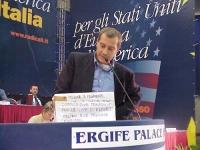 Gaetano Dentamaro, alla tribuna del Secondo Congresso dei Radicali Italiani.