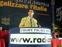 Daniele Capezzone alla tribuna del Secondo Congresso dei Radicali Italiani.