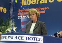 Stefania Craxi alla tribuna del Secondo Congresso dei Radicali Italiani.