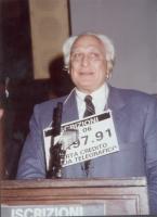 Marco Pannella partecipa a una manifestazione radicale al Maschio Angioino, per la campagna di iscrizioni al PR.