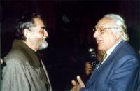 Vittorio Gassman e Marco Pannella alla manifestazione radicale al teatro Adriano, per la campagna di iscrizioni al PR.