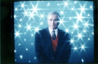Enzo Tortora, ripreso da una trasmissione televisiva.