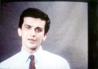 Giovanni Negri, ripreso da un programma televisivo.