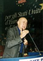 Sergio D'Elia alla tribuna del Secondo Congresso dei Radicali Italiani.