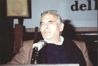 Pasquale Squitieri (in occasione di una manifestazione radicale al Maschio Angioino per la raccolta di firme al PR).