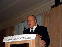 """Umar Khanbiev (ministro della Sanità al governo ceceno) interviene al """"Convegno Radicale Europeo"""", presso il Crown Plaza Hotel."""