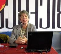 Cristina Possas de Albuquerque (segretaria esecutiva della commissione governativa del Brasile sulla biosicurezza) interviene al Secondo Congresso del