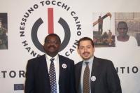 Robinson Njeru Githae, parlamentare del Kenya e Steven Block, avvocato, membro del consiglio direttivo di NTC  (in occasione della CONFERENZA INTERNAZ