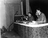 Primo Congresso Nazionale del PR. Da destra: Sergio Bocca, Adolfo Gatti, Mario Boneschi, Vinicio De Matteis (??), Francesco Libonati.
