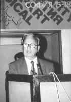 Adem Demaci (Kossovo) parla dalla tribuna (BN)