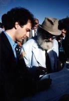 Stango e Falzoni durante la cerimonia di interramento di un albero in Israele. Nelle altre le altre foto di Stango