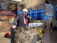Fausto Bertinotti alla tribuna della Convenzione dei Radicali all'hotel Ergife.