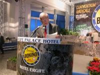 Luciano Violante alla tribuna della Convenzione dei Radicali all'hotel Ergife.