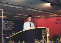 ritratto di Stefano Cristante (presidente Arci Nova). Parla dalla tribuna congressuale del 2° congresso italiano PR