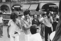 3a marcia antimilitarista Milano-Vicenza. Marciatori. Da sinistra: Tristan; un ragazzo triestino; due appartenenti al CPB, Comitato Pacifista Bergamas