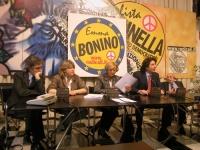 Conferenza stampa di presentazione della lista Bonino, per le elezioni europee. Al tavolo, da sinistra: Maurizio Turco, Rita Bernardini, Emma Bonino,