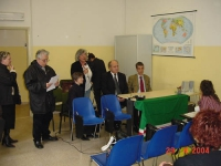 """Umar Khanbiev, in visita in una scuola, in occasione del conferimento del """"Premio Tavazza"""" da parte del Consiglio Provinciale di Rimini. Altre digital"""