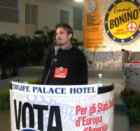 6° Congresso italiano del PR. Rocco Berardo alla tribuna.