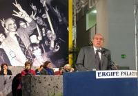 6° Congresso del PR. Gianfranco Spadaccia alla tribuna, nel corso della celebrazione del trentennale della vittoria del referendum sul divorzio.