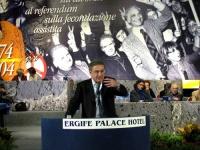 6° Congresso del PR. Roberto Cicciomessere alla tribuna, nel corso della celebrazione del trentennale della vittoria del referendum sul divorzio.
