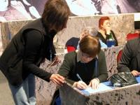 6° Congresso del PR. Franca Valeri firma il referendum per l'abrogazione della legge sulla fecondazione assistita, nel corso della celebrazione del tr
