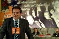 Alessandro Cecchi Paone alla tribuna del 6° Congresso italiano del PR. Altre digitali.