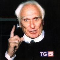 Marco Pannella in sciopero della sete, dallo schermo di Canale 5 (Scansione della foto di copertina del libro di Gaetano Dentamaro).