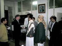 """Il Primo Ministro dello Yemen Al-Qader Bajamal incontra Gianfranco Dell'Alba  (in occasione della """"conferenza di Sana'a"""")."""