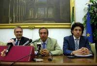 Conferenza stampa presso la sala stampa della Camera dei Deputati, sull'espulsione del Partito Radicale dall'ONU. Al tavolo: Danilo Quinto, Maurizio G