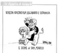 """VIGNETTA Didascalia: """"Venezia: vincono film sull'aborto  e eutanasia"""". Marco Pannella fa il segno di vittoria cavalcando la statuetta del leone d'oro."""