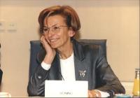 bel ritratto di Emma Bonino sorridente