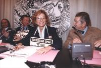 conferenza stampa al partito radicale con Emma Bonino, Bruno Zevi e Gavino Sanna. Tutti sorridenti Ottima, importante