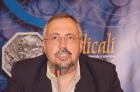 """Giulio Cossu - Ordinario di Embriologia e istologia medica, Università di Roma """"La Sapienza"""" - interviene alla Sessione Costitutiva del Congresso Mond"""