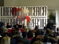 Secondo Congresso dell'Associazione Luca Coscioni, nell'ex-manicomio di Santa Maria della Pietà. Intervento di Emma Bonino, al tavolo di presidenza, c