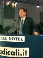 Graham Watson (presidente del Gruppo dei Liberal Democratici al Parlamento Europeo), al Terzo Congresso dei Radicali Italiani.