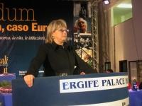 Rita Bernardini alla tribuna del Terzo Congresso dei Radicali Italiani.