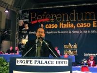 Francesco Maria Pullia alla tribuna del Terzo Congresso dei Radicali Italiani.