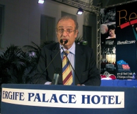 Piero Milio alla tribuna del Terzo Congresso dei Radicali Italiani.