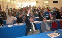 Votazioni nel corso del Terzo Congresso dei Radicali Italiani. In prima fila, al centro: Daniele Capezzone.