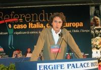 Mario Staderini alla tribuna del Terzo Congresso dei Radicali Italiani.
