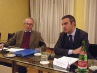 """Convegno: """"L'ammissibilità dei referendum sulla fecondazione assistita"""".  Sergio Panunzio (Università di Roma, Luiss) e Andrea Morrone (Università di"""