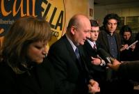 Rita Bernardini, Sandro Bondi, Daniele Capezzone, e Marco Cappato, rilasciano dichiarazioni alla stampa, all'interno della sede di Torre Argentina.